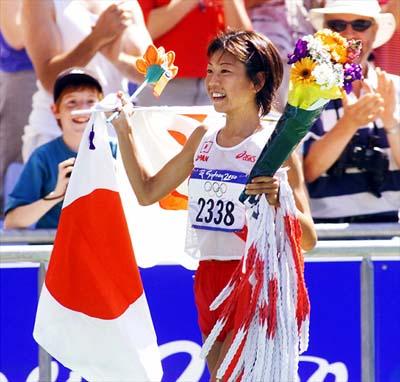Naoko Takahašiová a Sršní nektar
